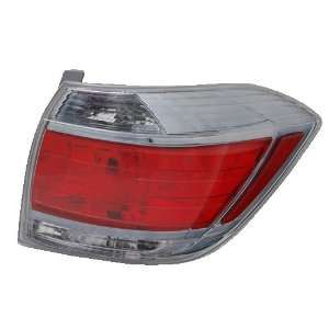TYC 11 6355 01 Toyota Right Replacement Tail Lamp