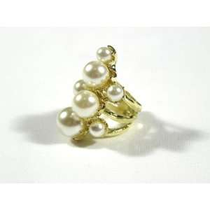 Bubble Cluster Cocktail Ring Size 5.5 Faux Pearls Gold Mermaid Gem