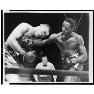 Joe Louis,Ezzard Charles,1950,New Yorks Yankee Stadium