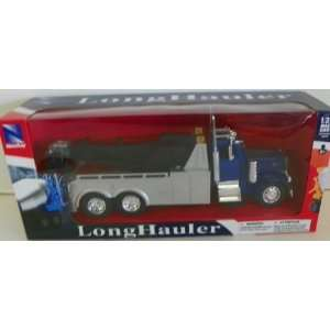 11 Inches Long Peterbilt 379 Tow Truck in Color Blue Toys & Games