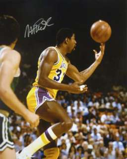MAGIC JOHNSON AUTOGRAPHED LOS ANGELES LAKERS 16X20 PHOT
