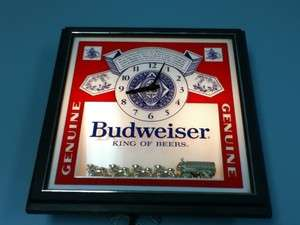 BUDWEISER BEER SIGN LIGHT CLOCK BAR DISPLAY LIGHTED CLYDESDALE