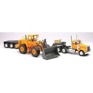 Kenworth Truck & Low Boy W/Volvo Bulldozer Toys & Games